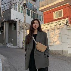 Ulzzang Fashion, Ulzzang Girl, Korean Fashion, Girls Winter Outfits, Fall Outfits, Cute Outfits, Girl Fashion, Fashion Outfits, Fashion Ideas