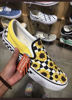 Untitled Untitled Source by amandabwhitehurst Shoes Vans Slip On Shoes, Custom Vans Shoes, Vans Sneakers, New Shoes, Vans Shoes Fashion, Fashion Outfits, Cute Vans, Tenis Vans, How To Wear Vans