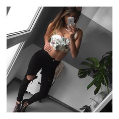 #novafashion #destroyed #jeans #croptop #crop #zaralover #zara