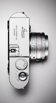 tododesign-official:  Leica by Leica