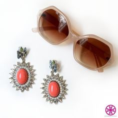 One thing a girl MUST do? Accessorize. #AyanaDesigns #fashion #trending #jewelryofinstagram #mystyle #fab #getthelook #accessories #coral #bling