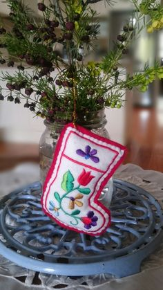 Aussie Christmas, Australian Christmas, Christmas Ornaments, Holiday Decor, Home Decor, Decoration Home, Room Decor, Christmas Jewelry, Christmas Decorations