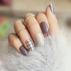 Cheap false nails, Buy Quality fashion false nails directly from China full nails Suppliers: Fashion lattice style finished False nails,Small round head Middle-long size full nail tips Patch lady art tool bride Gorgeous Nails, Love Nails, Pretty Nails, My Nails, White French Nails, French Tip Nails, French Tips, French Manicure Blanche, Diy Nails Stickers