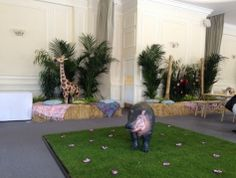 Gallery - Events - Lavender Green indoor lawn London Zoo real grass