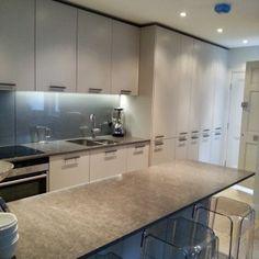 Town House Style | Candi Kitchen