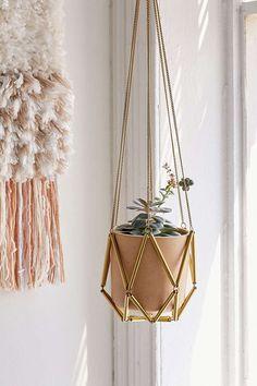 Ella Metal Macrame Hanging Planter /