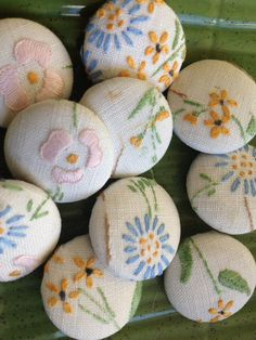 Hand embroidered flower fabric covered buttons x 6 by MrsJoyful, $12.00