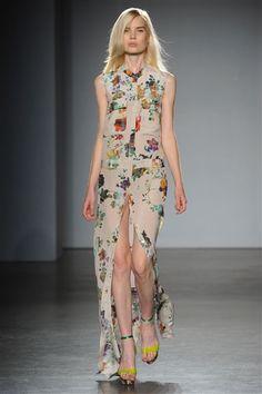 yup. matthew williamson spring 2012. #matthewwilliamson #2012 #fashion