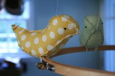 I have no reason to make these cute little birds, but I need to find a reason. Eighteenth Century Agrarian Business: diy: bird mobile