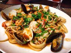 Linguine Ai Frutti Di Mare (Linguine With Fruit of the Sea) – Rezepte Seafood Linguine, Seafood Pasta Recipes, Seafood Dishes, Fish Recipes, Pasta Dishes, Pasta Food, Ham Recipes, Food Food, Recipes