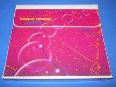 Trapper Keeper pink with bubbles Catholic School Girl, 1980s Barbie, Trapper Keeper, 1980s Kids, Paint Splatter, Zebra Print, Childhood Memories, Childhood Toys, School Supplies