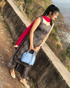 Image may contain: 1 person, standing, mountain, outdoor and nature Salwar Designs, Kurta Designs Women, Kurti Designs Party Wear, Kurti Neck Designs, Dress Neck Designs, Patiala Dress, Patiala Suit, Salwar Kameez, Punjabi Dress