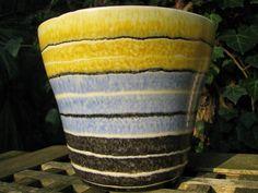 1950s Planter – German Strehla Pottery – Pastel Colors – Vintage Mid Century Home Décor – pre Fat Lava GDR Design – yellow blue black white von everglaze auf Etsy