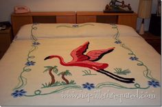 Vintage Flamingo Chenille Bedspread i sooo what this in my flamingo bedroom!!