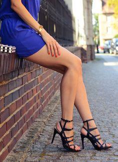 #fashion #shoes Kobaltowy kombinezon