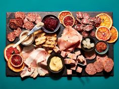 Six experts share their favorite cured meats and what to pour with them, for the ideal charcuterie and wine pairings. Fish Recipes, Appetizer Recipes, Whole Food Recipes, Fall Appetizers, Charcuterie Meats, Charcuterie Board, Homemade Tacos, How To Grill Steak