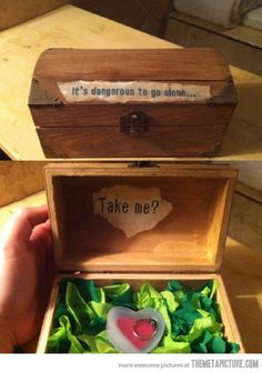 The geekiest way to propose <3 The Legend of Zelda