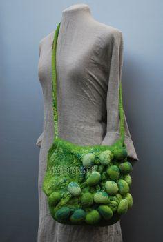 Shibori spectaculaire feutre sac par sassafrasdesignl sur Etsy