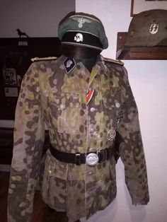 Ww2 Uniforms, German Uniforms, World War Two, Wwii, Military, Collection, Fashion, Military Art, Objects