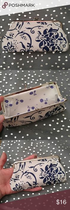 """Blue and White Floral Clutch Blue and White Floral Clutch. New. Snap Closure. 7""""x 4"""" Bags Clutches & Wristlets"""