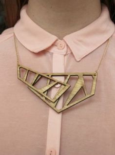 Meet our ZOET HOUT design BRIDGE necklace, inspired by the architecture of bridges! #zoethoutdesign #zoethout #design #wood #lasercut #jewellery #jewelry #fashion #design