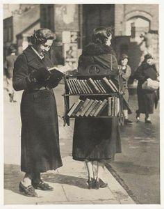 Bibliotecária móvel