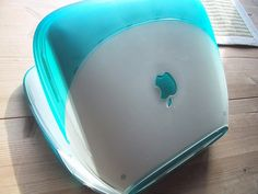 Apple iBook G3 Clamshell Blueberry