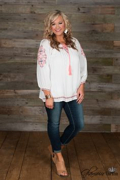 Curvy  Molly Top - Ivory/Pink