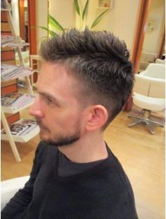 大人のおしゃれ刈上げスタイル★ Short Hair Cuts, Short Hair Styles, Beard Styles For Men, Gentleman Style, Easy Hairstyles, Men's Hairstyle, Haircuts For Men, Hair Dos, Hair Inspiration