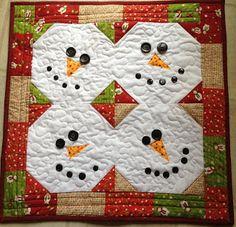 Snowman table runner / wall quilt