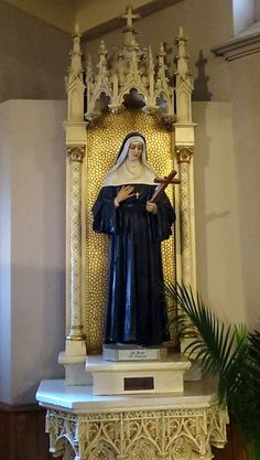 St Rita of Cascia | Saint for the most difficult and hopeless troubles  ...  www.saintnook.com/saints/ritaofcascia | File:All Saints Catholic Church (St. Peters, Missouri) - statue of St. Rita of Cascia.jpg