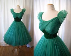 Adorable 1950s Emerald Green Harry Keiser Chiffon Party Dress