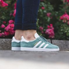 Adidas Gazelle W 'Vapour Steel/White/Gold Metallic' available now in-sto - Gazelle Adidas - Ideas of Gazelle Adidas - Adidas Gazelle W 'Vapour Steel/White/Gold Metallic' available now in-store and online Titolo Shop Zurich Addias Shoes, Cute Shoes, Shoes Sneakers, Baskets, Sneaker Boutique, Lolita, Sneaker Heels, Adidas Gazelle, Beautiful Shoes