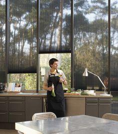 Que tu tiempo libre, cuente!     De fondo: cortinas Plisadas Luxaflex® HunterDouglas.