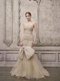 Haute Couture Dresses, Couture Fashion, Couture Bridal, Bridal Gowns, Wedding Dresses, Bridal Fashion Week, Beautiful Gowns, Bridal Collection, Bridal Style
