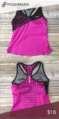 Nike Workout Tank In great condition. Ask for discount shipping. Discount shipping on custom bundles too! Nike Tops Tank Tops
