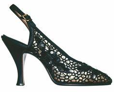 """the sandal """"Ranina"""" in black """"Tavarnelle"""" lace for Anna Magnani.  Trajesastre · Salvatore Ferragamo a438d3c7e7"""