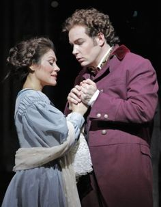 Ailyn Perez and Stephen Costello in the San Diego Opera production of Gounod's FAUST.