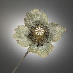 Lalique poppy. Exquisite.