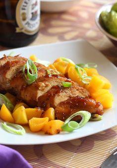 »HOZZÁVALÓK«  - kb 60 dkg csirkemellfilé  Szósz :  - 1 fej vöröshagyma  - 5 ek szójaszósz  - 2 ek méz  - 1 ek mustár  - 2 dl világ...