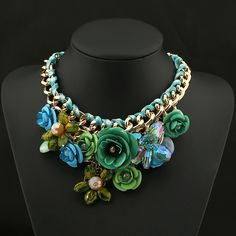Cheap fashion statement necklace, Buy Quality statement necklace directly from China choker fashion necklaces Suppliers: Hot Sale 2014 Choker Necklace Women New Fashion Jewelry Resin Crystal Flower Statement Necklaces & Pendants Fashion Necklace, Fashion Jewelry, Girls Choker, Flower Choker, Moda Vintage, Green Necklace, Floral Necklace, Necklace Online, Collar Necklace