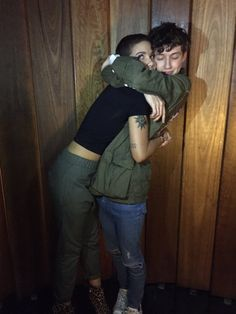 halsey + troye <3 both my favorite people in the world in one picture all we need now is Melanie Martinez and Maria and the diamonds