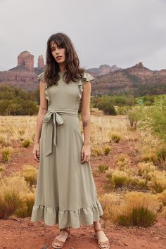 Christy Dawn - Sustainable, Ethical & Timeless Dresses & Accessories : Dawn On The Road // Road trip to Tuscon, AZ // May 2018 // Carly wears the Quinn Dress in Sage Short Beach Dresses, Summer Dresses For Women, Sexy Dresses, Casual Dresses, Linen Dresses, Modest Fashion, Fashion Outfits, Steampunk Fashion, Gothic Fashion