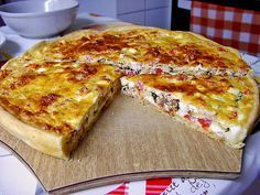 Sheep Cheese - Zucchini - Quiche by Araya Quiches, Vegetarian Grilling, Grilling Recipes, Zucchini Quiche, Zucchini Cheese, Sheep Cheese, Yummy Food, Tasty, Cooking On The Grill