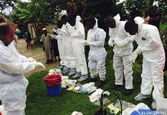 Familias dejan los cadáveres infectados por ébola en la calle
