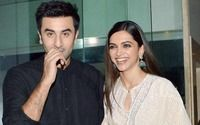 """<p class=""""MsoNormal"""">A big faux pas happened with Deepika Padukone during the promotions of Tamasha. When Ranbir and Deepika were attending a press conference, a journalist reportedly called Deepika as Katrina.</p><p class=""""MsoNormal""""><br></p>  <p class=""""MsoNormal"""">Instead of fuming, Deepika in turned laughed at the mistake and said, """"Thank You.""""</p><p class=""""MsoNormal""""><br></p>  <p class=""""MsoNormal"""">Woah! Now how fake is that?? Also when Deepika was asked about Ranveer and Ranbir's…"""