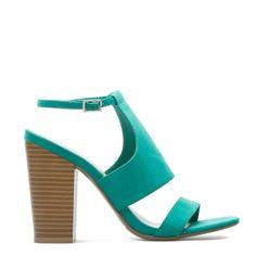Breezy-chic sandal