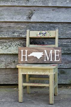 Custom Made Stained and HAND PAINTED State Sign. Rustic Home Decor. State Sign. Pick Your own State. Home Sign. Christmas Gift. Sign.