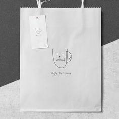 일주일만에 수많은 디자인을 받아보고, 선택할 수 있습니다. 9만명의 디자이너에게 의뢰하세요. Craft Packaging, Candle Packaging, Branding Design, Logo Design, Japanese Packaging, Coffee Cup Design, Bakery Logo, Packaging Design Inspiration, Editorial Design