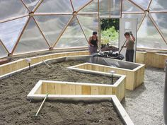 Growing Dome Greenhouse Gardening Raised Bed Design – Famous Last Words Geodesic Dome Greenhouse, Build A Greenhouse, Greenhouse Gardening, Greenhouse Growing, Plants For Raised Beds, Raised Bed Garden Design, Greenhouse Interiors, Dome House, Earthship